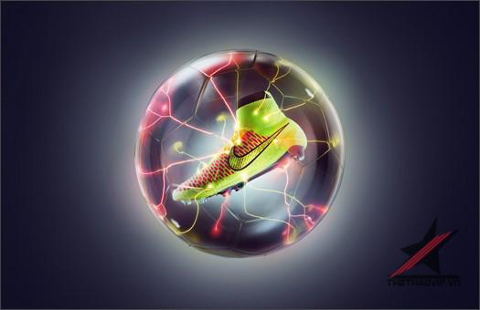 Bom tấn đã nổ, cùng Thế giới bóng đá soi mẫu giày Nike Magista này tại Thế giới bóng đá chính hãng.