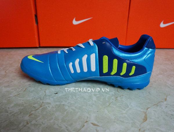 giay da bong san co nhan tao Nike CTR360 TF xanh 1